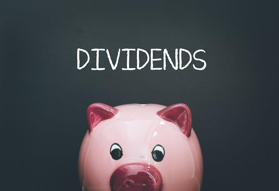 2 Stocks to Buy With Dividends Yielding More Than 3%
