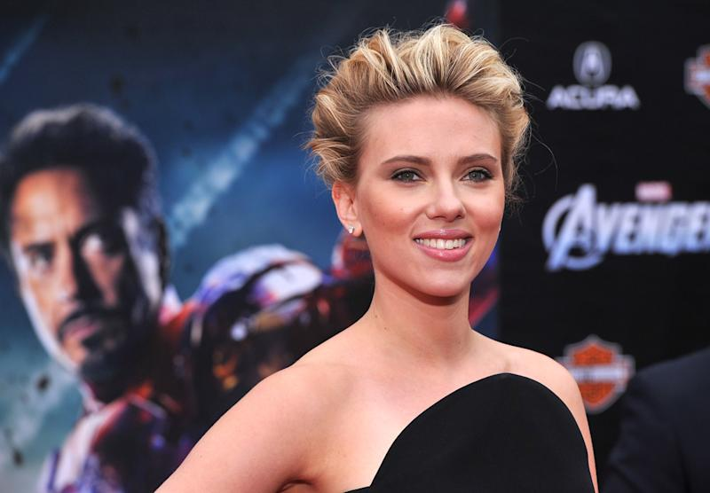 "Scarlett Johansson attends the Los Angeles premiere of ""Marvel's Avengers"" at the El Capitan Theatre on April 11, 2012 in Hollywood, California."