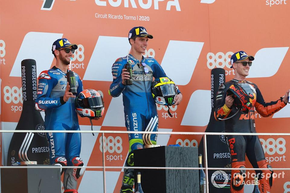 "Podio: 1º Joan Mir, Team Suzuki MotoGP, 2º Alex Rins, Team Suzuki MotoGP, 3º Pol Espargaró, Red Bull KTM Factory Racing<span class=""copyright"">Gold and Goose / Motorsport Images</span>"