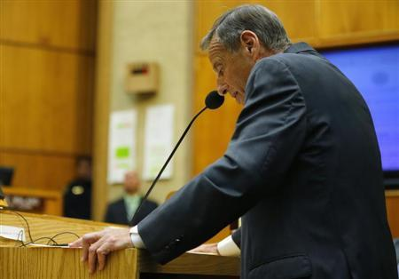 San Diego Mayor Bob Filner addresses a special meeting of the San Diego City Council after resigning as the city's mayor in San Diego, California