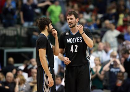 Rubio (left) played three seasons with Kevin Love. (USA Today)