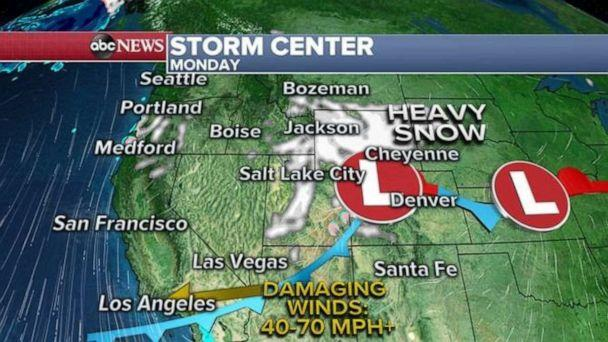 PHOTO: Additionally, heavy mountain snow will spread into parts of the northern Rockies on Sunday and reach the front range of Colorado on Monday. (ABC News)