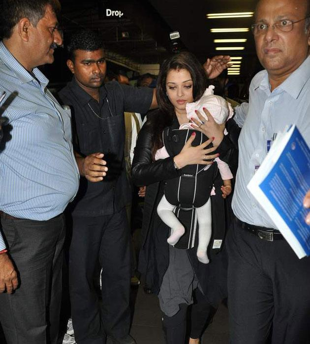 Aishwarya at the airport