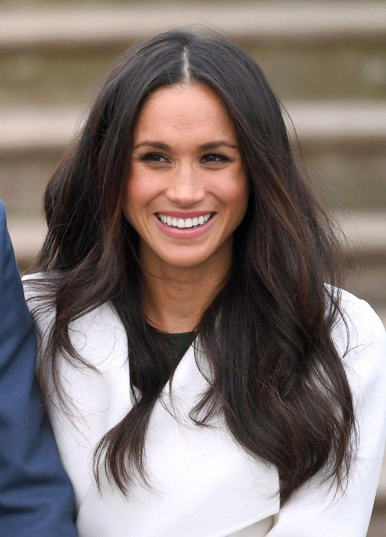 <p>Meghan Markle announced her engagement to Prince Harry with a blowout so insanely perfect, Kate Middleton would be jealous (or at least ask her for her hairstylist's phone number).</p>