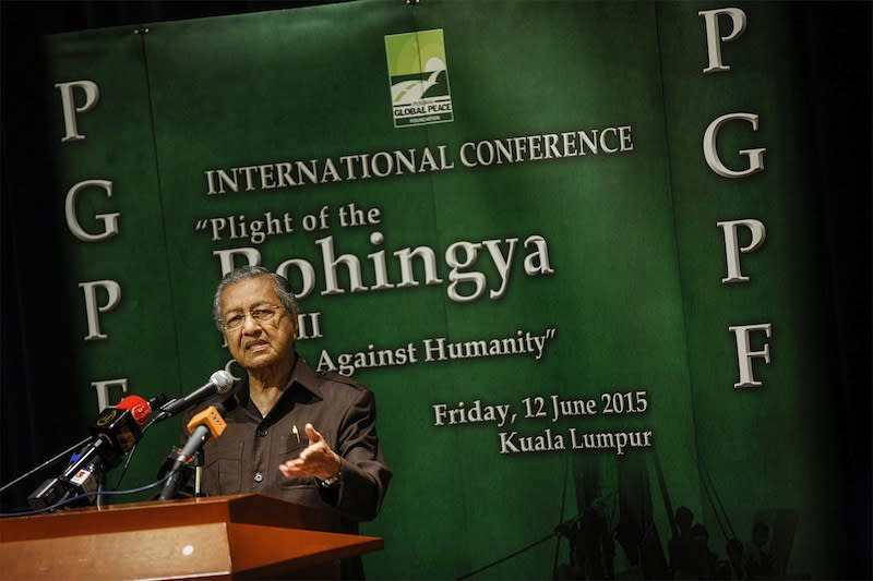 Dr M: Malaysia must interfere in 'genocide' against Rohingya