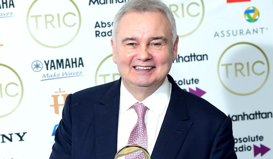Eamonn Holmes was late to 'This Morning' after an ad break due to his chronic pain. (ITV)
