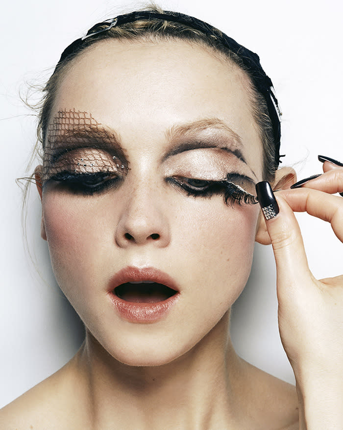 Things can turn scary if you aren't aware of the dos and don'ts of removing Halloween makeup. (Photo: Trunk Archive)
