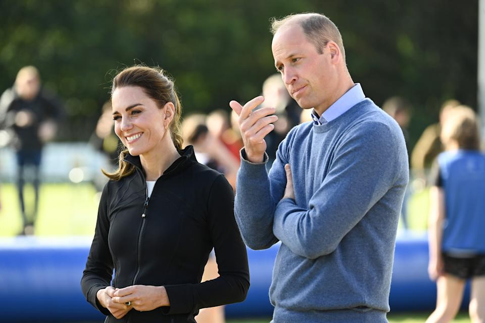 LONDONDERRY, NORTHERN IRELAND - SEPTEMBER 29: Prince William, Duke of Cambridge and Catherine, Duchess of Cambridge visit the City of Derry Rugby Club on September 29, 2021 in Londonderry, Northern Ireland. (Photo by Tim Rooke - Pool /Getty Images)