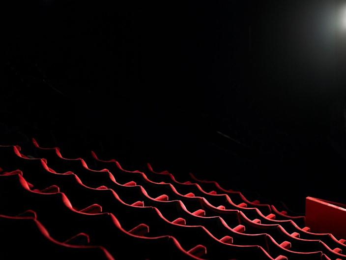 Is an Outdated Business Model a Bigger Risk Than COVID-19 for AMC Entertainment Stock?