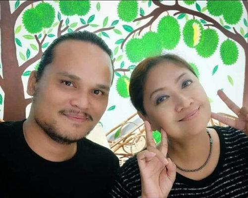 Shahriza and her husband Saddiq