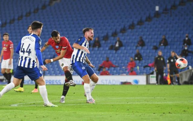 Premier League - Brighton & Hove Albion v Manchester United