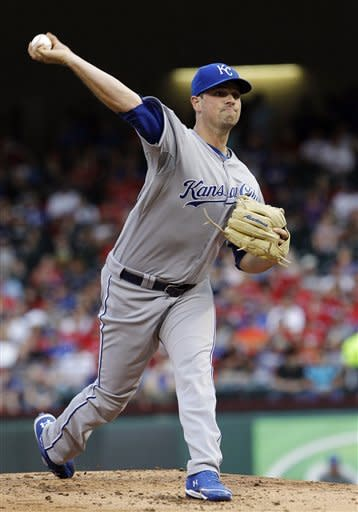 Kansas City Royals starting pitcher Vin Mazzaro (32) throws during the first inning of a baseball game against the Texas Rangers, Tuesday, May 15, 2012, in Arlington, Texas. (AP Photo/LM Otero)
