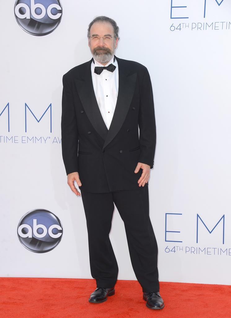 Mandy Patinkin arrives at the 64th Primetime Emmy Awards at the Nokia Theatre in Los Angeles on September 23, 2012.