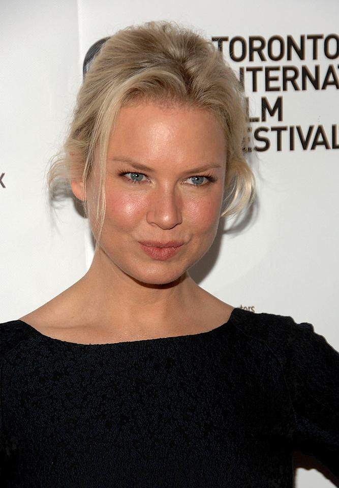 """Renee Zellweger purses her puckers. George Pimentel/<a href=""""http://www.wireimage.com"""" target=""""new"""">WireImage.com</a> - September 5, 2008"""