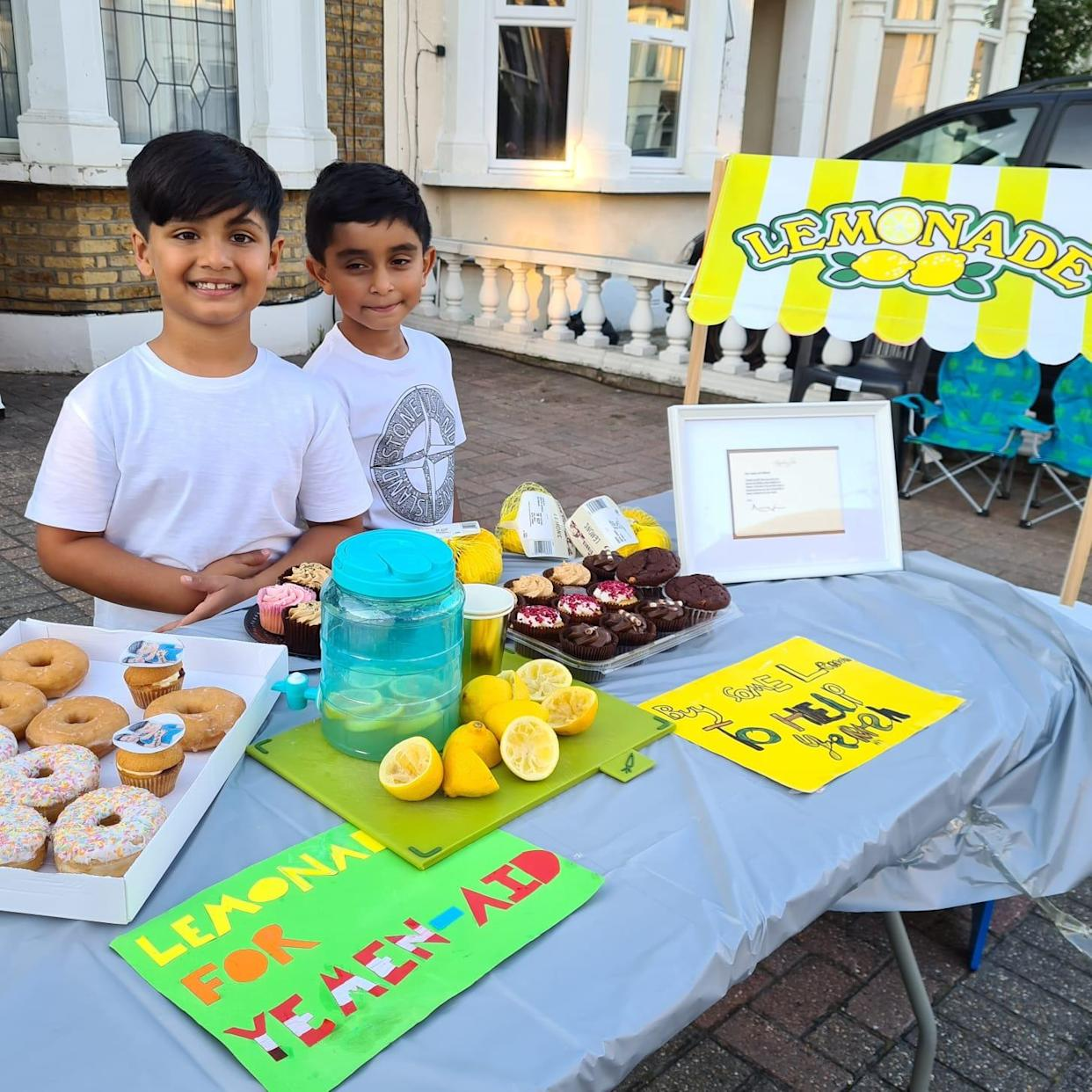 Mikaeel Ishaaq (right) and Ayaan Moosa have been raising money for causes with their lemonade