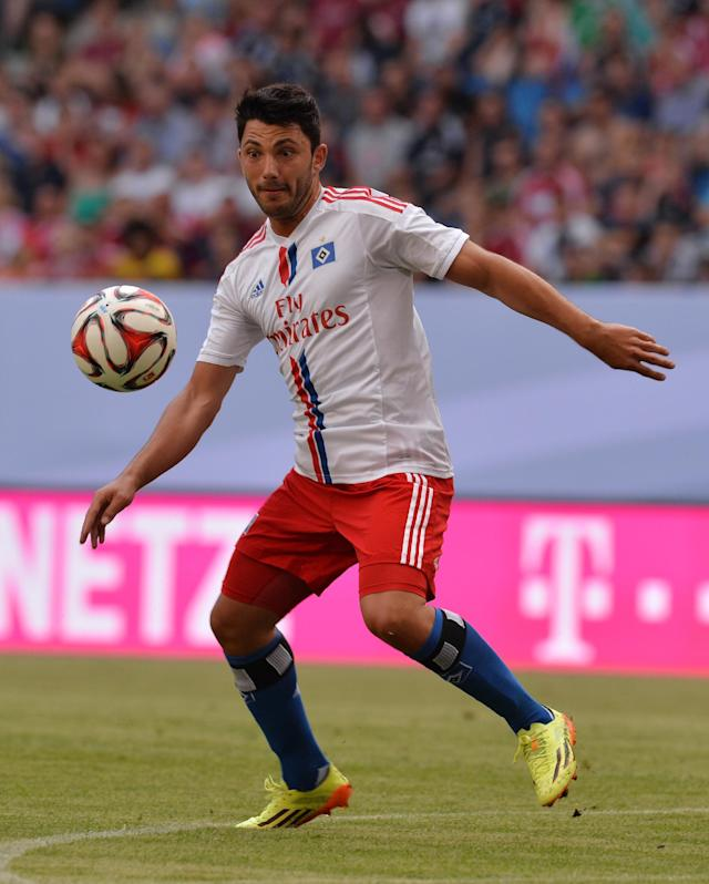 Hamburg's Daniel Caligiuri during the Telekom Cup match against VfL Wolfsburg in Hamburg on July 26, 2014 (AFP Photo/Carmen Jaspersen)
