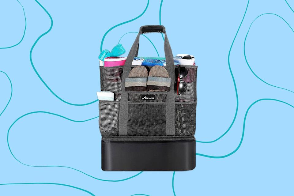 Black beach bag with cooler