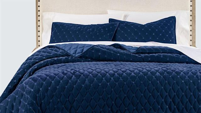 The 10 Best Black Friday Bedding Deals Up To 65 Off