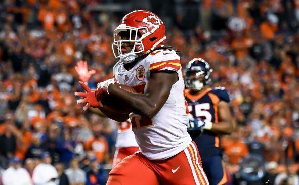 "<a class=""link rapid-noclick-resp"" href=""/nfl/players/30199/"" data-ylk=""slk:Kareem Hunt"">Kareem Hunt</a>'s fine for lowering his helmet is a rare case of the NFL holding a ball carrier responsible for dangerous contact. (Getty)"