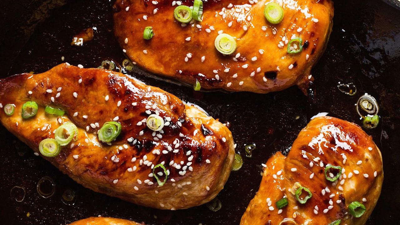 "<p>This easy weeknight dinner takes practically zero effort.</p><p>Get the <a href=""https://www.delish.com/uk/cooking/recipes/a29756469/honey-garlic-chicken-recipe/"" target=""_blank"">Honey Garlic Chicken</a> recipe</p>"