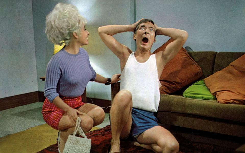 Windsor and Williams clowning around in Carry On Doctor (1967) - Alamy