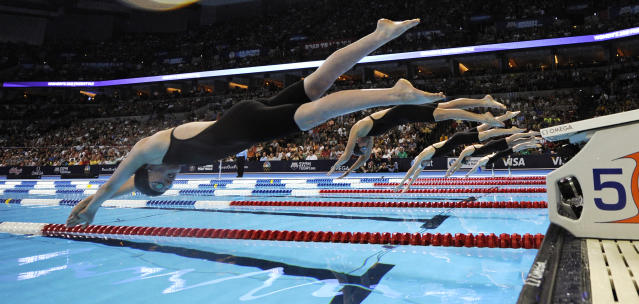 Missy Franklin dives at the start of a women's 200-meter freestyle semifinal at the U.S. Olympic swimming trials, Wednesday, June 27, 2012, in Omaha, Neb. (AP Photo/Mark J. Terrill)