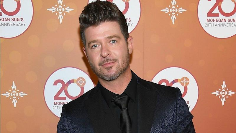 Robin Thicke's Son Julian Shows Off His Amazing Voice While Singing Aretha Franklin Tribute With Dad
