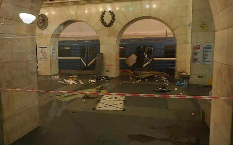 Explosions at St Petersburg Metro - EastWestNews