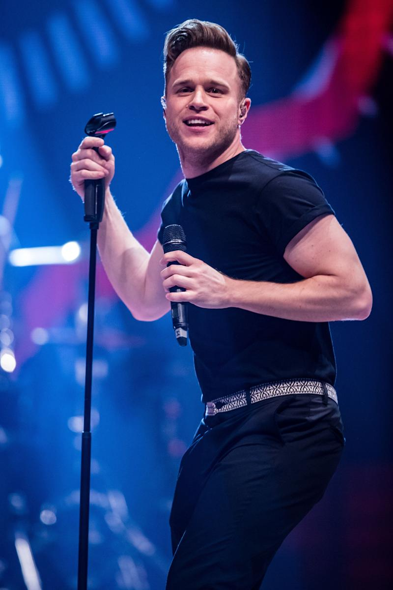 """Former 'X Factor' host Olly Murs was a surprise addition to the 'Strictly' rumours list earlier this year, when it was suggested he'd signed up as a way of bouncing back from a break-up.<br /><br />However, he was quick to insist that this was not the case, <a href=""""http://www.huffingtonpost.co.uk/2017/05/01/strictly-come-dancing-2017-line-up-paula-radcliffe_n_16357392.html?utm_hp_ref=olly-murs"""">speaking out about the rumours on his Twitter page</a>."""