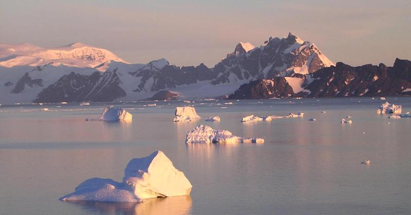 Scientists finally figure out why the Antarctic Peninsula is melting
