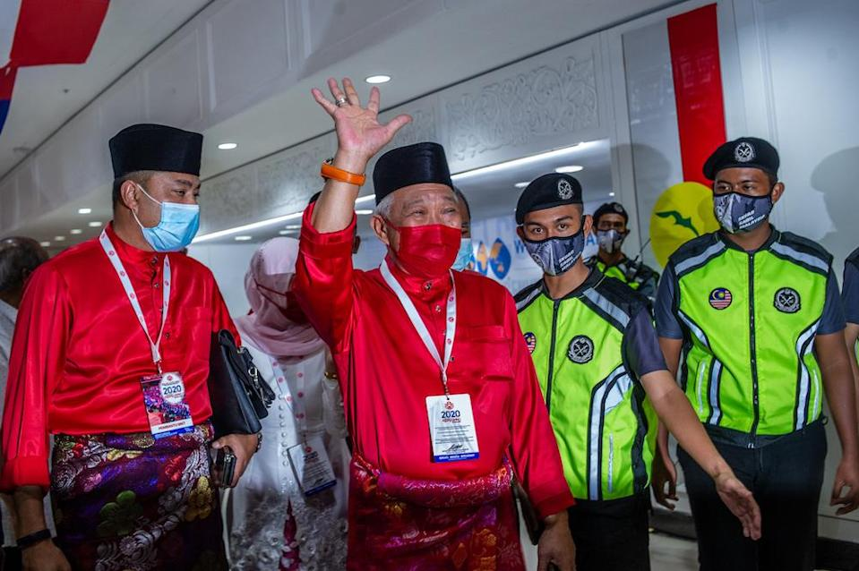 Bung Moktar has consistently reiterated Sabah Umno's stand that it will abide by the party's decision. ― Picture by Shafwan Zaidon