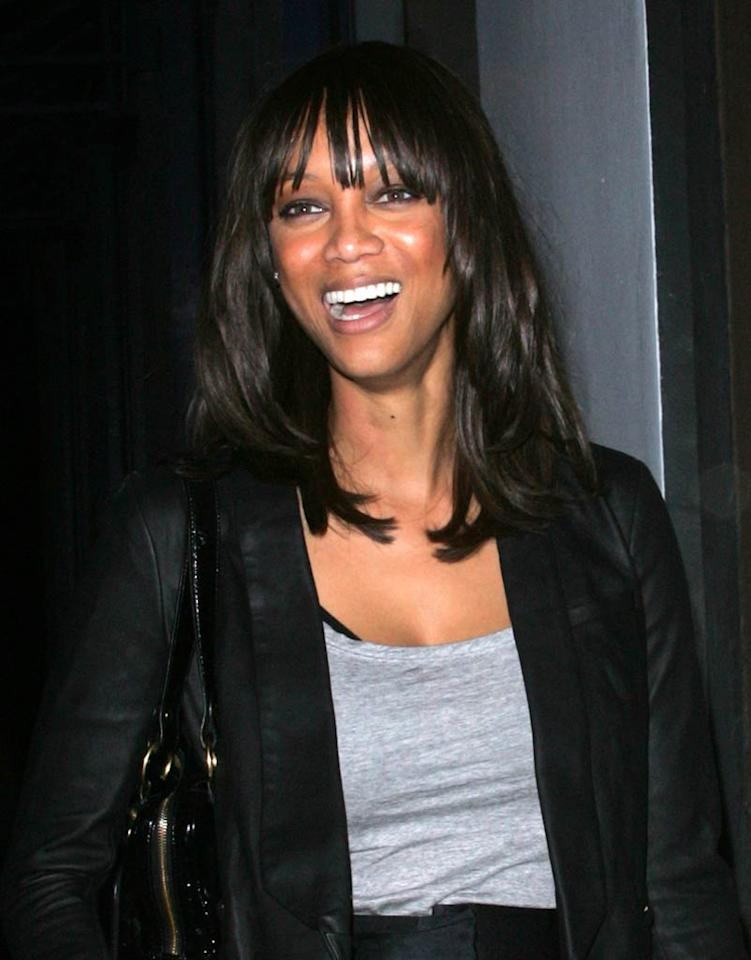 """Tyra Banks dared to dine out at West Hollywood's trendy Red-O restaurant without a face full of makeup. We prefer this natural look ... how 'bout you? Roshan Perera/<a href=""""http://www.splashnewsonline.com/"""" target=""""new"""">Splash News</a> - November 17, 2010"""