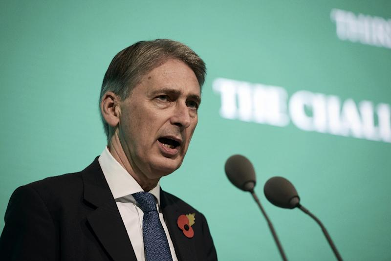 British Foreign Secretary Philip Hammond delivers a speech during the 11th Manama Dialogue Regional Security Summit organised by the International Institute for Strategic Studies in the Bahraini capital, Manama, on October 31, 2015 (AFP Photo/Mohammed al-Shaikh)