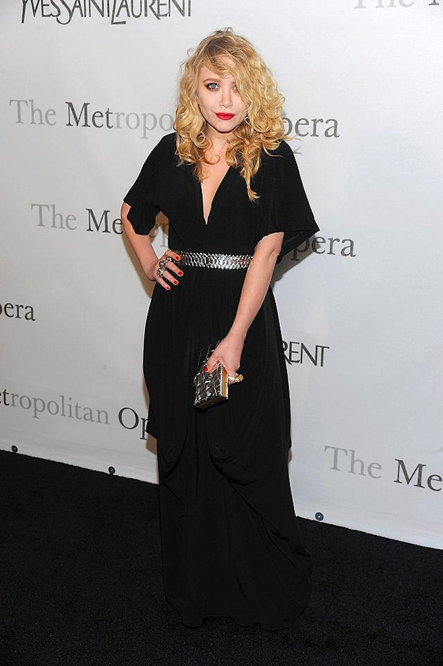 """With her wild mane and pale skin, Mary-Kate Olsen arrived at the Metropolitan Opera's 125th anniversary gala looking like Courtney Love. Dimitrios Kambouris/<a href=""""http://www.wireimage.com"""" target=""""new"""">WireImage.com</a> - March 15, 2009"""