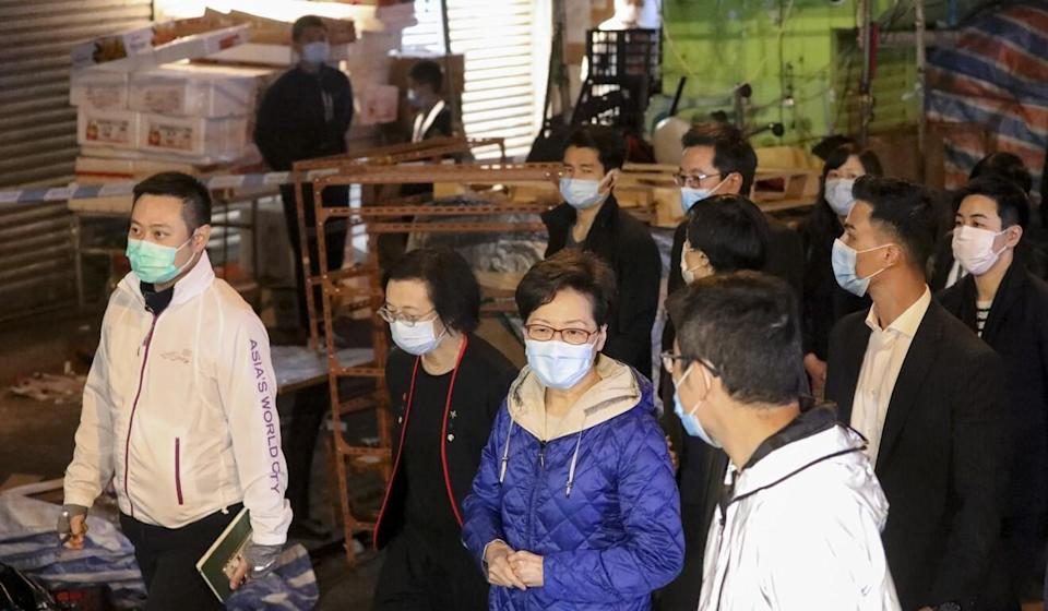 Chief Executive Carrie Lam visits the lockdown area of Sham Shui Po on Tuesday evening. Photo: May Tse