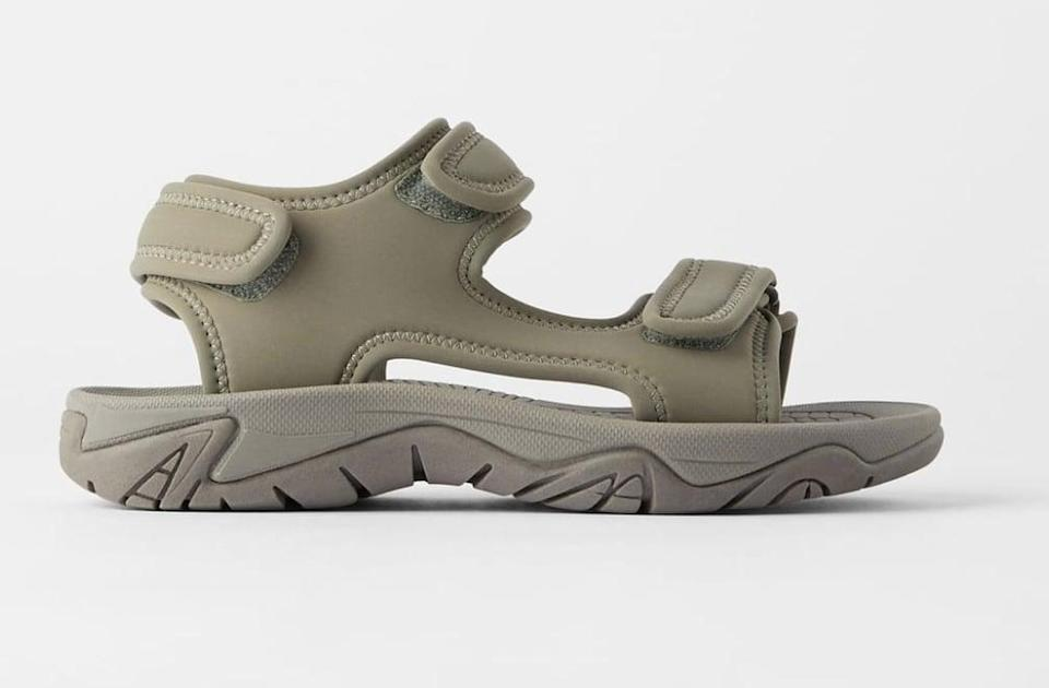 "<p>This technical sandal looks modern in all khaki.</p> <p><a href=""https://www.popsugar.com/buy/Zara-Sporty-Flat-Sandals-573340?p_name=Zara%20Sporty%20Flat%20Sandals&retailer=zara.com&pid=573340&price=60&evar1=fab%3Aus&evar9=47446893&evar98=https%3A%2F%2Fwww.popsugar.com%2Fphoto-gallery%2F47446893%2Fimage%2F47463194%2FZara-Sporty-Flat-Sandals&list1=sandals%2Cshoes%2Ctrends%2Csummer%2Cfashion%20shopping&prop13=api&pdata=1"" class=""link rapid-noclick-resp"" rel=""nofollow noopener"" target=""_blank"" data-ylk=""slk:Zara Sporty Flat Sandals"">Zara Sporty Flat Sandals</a> ($60) </p>"