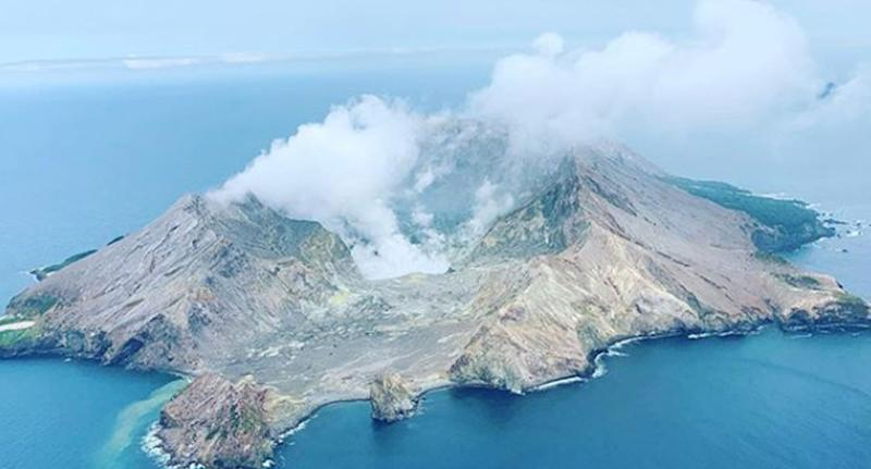 Up to 20 injured as NZ volcano on Whakaari Island erupts