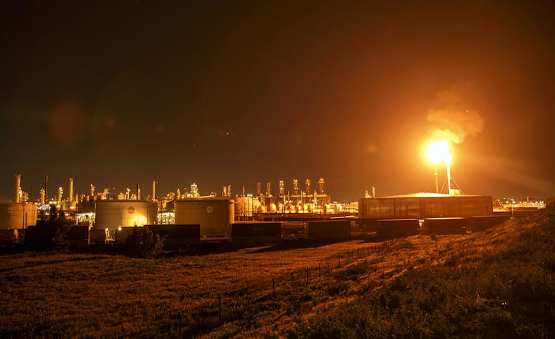 Oil Producers Are Burning Enough 'Waste' Gas to Power Every Home in Texas