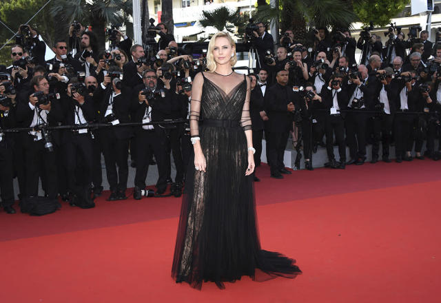 <p>Charlize Theron arrives at the 70th Anniversary of the film festival on May 23, 2017. (Photo: Arthur Mola/Invision/AP) </p>