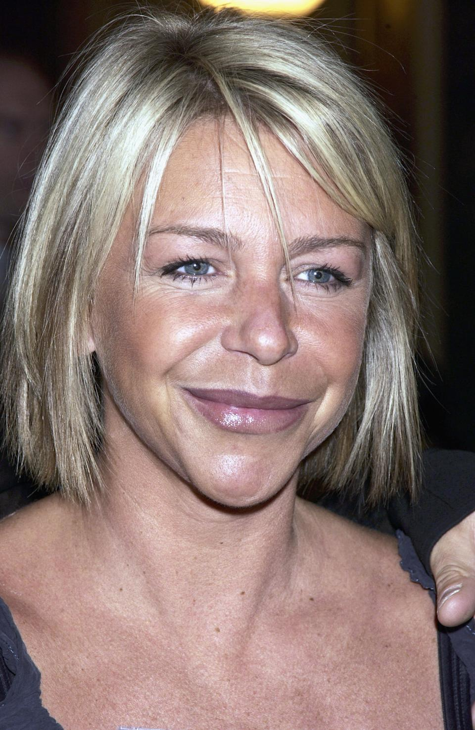LONDON - APRIL 15:  British actress Leslie Ash arrives at the opening of the new Saatchi Gallery in County Hall with work by a range of artists including Damien Hirst and Tracey Emin on April 15, 2003 in London. (Photo by Dave Benett/Getty Images)