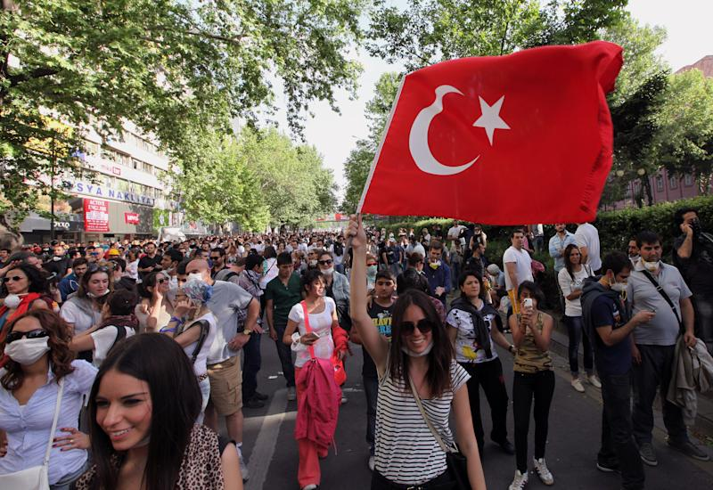 Istanbul 2020 bidders remain confident of support