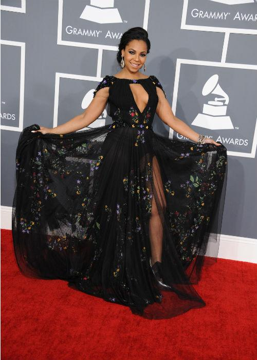 <b>Ashanti:</b> Singer Ashanti joined the leg fest at this year's Grammy Awards wearing a Tony Ward couture that was neither here nor there.