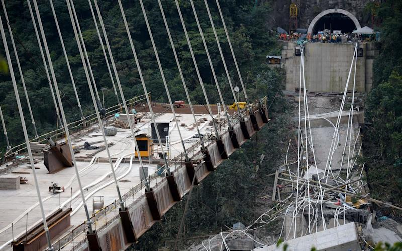 The bridge in Guayabetal municipality is on the road that connects Bogota with the city of Villavicencio, Cundinamarca - AFP