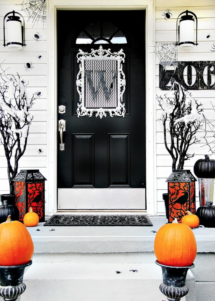 "<p>This fashionable monogram piece is ideal for homeowners who want to keep their Halloween decor more understated. </p><p><strong>Get the tutorial at <a href=""https://thistlewoodfarms.com/four-ideas-for-inexpensive-halloween-door-decorations/"" rel=""nofollow noopener"" target=""_blank"" data-ylk=""slk:Thistlewood Farms"" class=""link rapid-noclick-resp"">Thistlewood Farms</a>.</strong> </p>"
