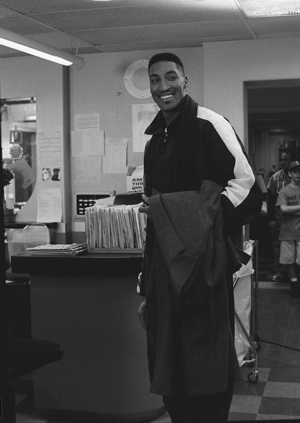 """<p>Chicago Bulls player Scottie Pippen guest starred on the show as himself in 1996. The episode """"Baby Shower"""" was a source of hometown pride, as the fictional hospital is based in Chicago. </p>"""