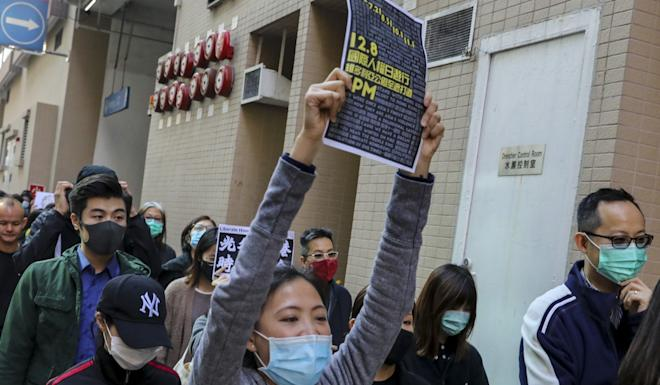 A verbal dispute broke out between around five protesters and riot police when the demonstrators hurled abuses at the officers. Photo: Dickson Lee