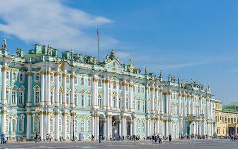 winter palace, st petersburg, russia - Credit: finallast