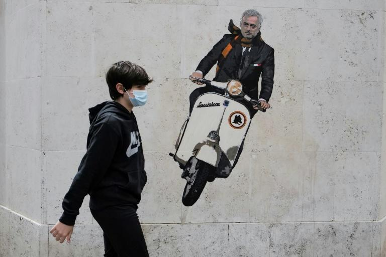 A mural of Jose Mourinho arriving in Rome