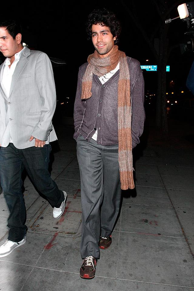 """Adrian Grenier and a host of Hollywood hotties hit up Crown Bar for some midweek fun. AlphaX-AKM/<a href=""""http://www.x17online.com"""" target=""""new"""">X17 Online</a> - December 3, 2008"""