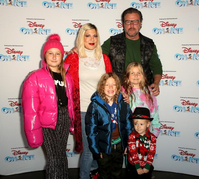 LOS ANGELES, CALIFORNIA - DECEMBER 13: Tori Spelling and Dean McDermott with family attend Disney On Ice Presents Mickey's Search Party Holiday Celebrity Skating Event at Staples Center on December 13, 2019 in Los Angeles, California. (Photo by Ari Perilstein/Getty Images for Feld Entertainment)
